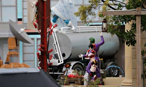 Super-Villains start to take over Movie World